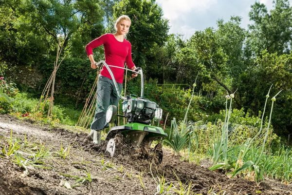 best garden tiller for a woman