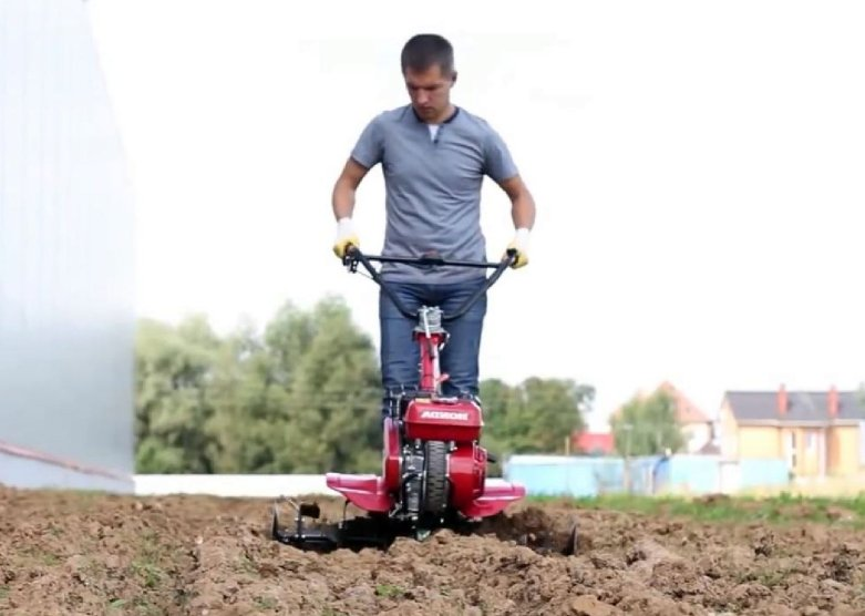 Best gas powered cultivator