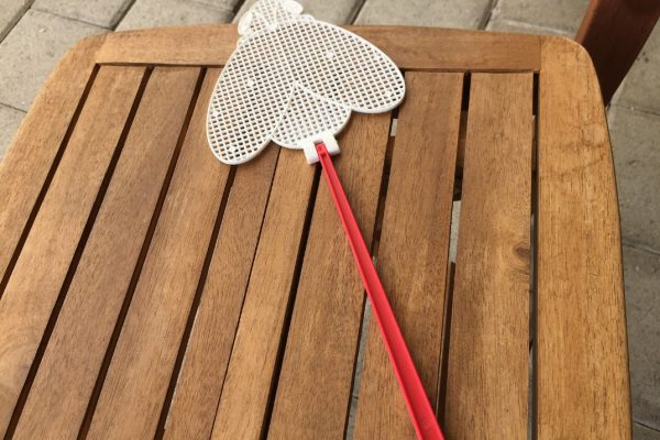 Fly Swatters: Buyers Guide