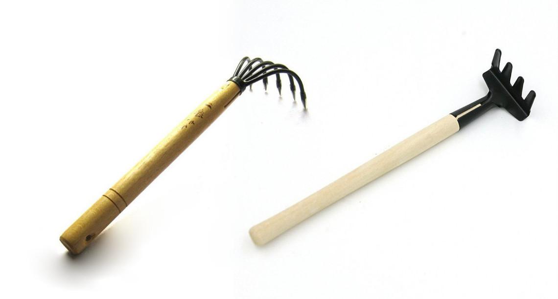 Small rake type
