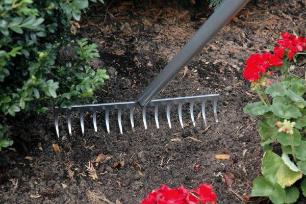 Top Garden Rakes